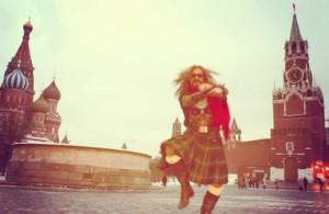 Джигурда танцует